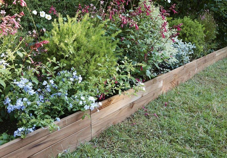 Bordure En Bois Pour Une Jolie Retenue De Terre Bordure Jardin Bois Bordure Jardin Bordure Bois
