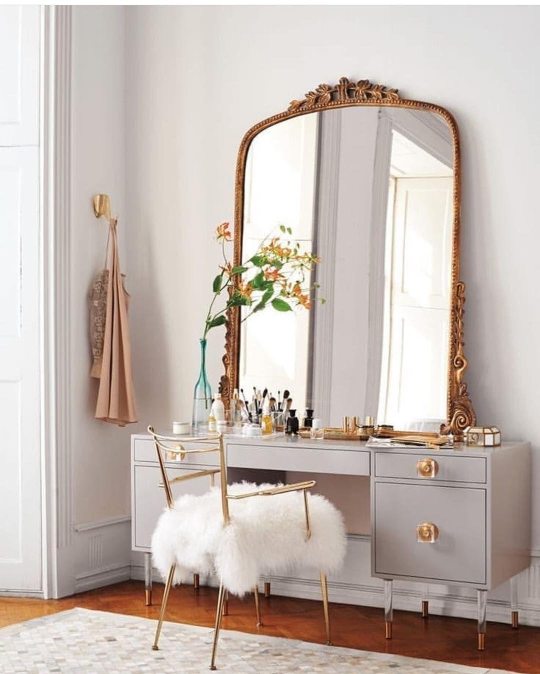 New The 10 Best Home Decor With Pictures تسريحة بسيطة وناعمة بفخاامة Livingroomdecor ه Bedroom Vanity Makeup Table Vanity Decor Interior Design