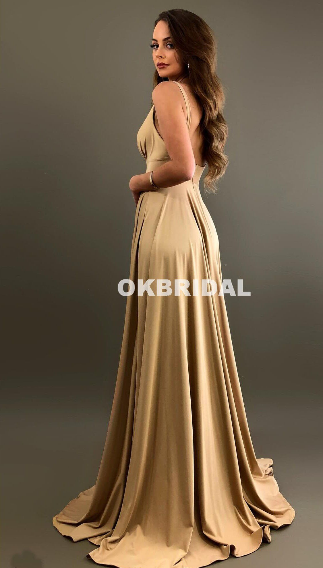 19d0aed9886 V-Neck Slit Bridesmaid Dress