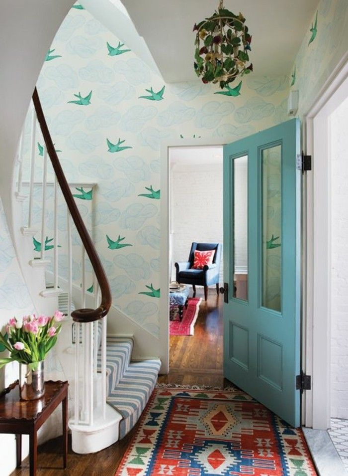 Papier peint pour couloir comment faire le bon choix 42 id es en photos escalier house for Comment faire le papier peint