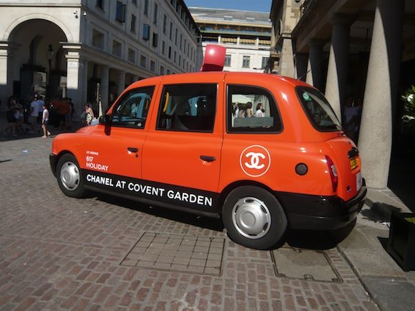 Chanel taxi