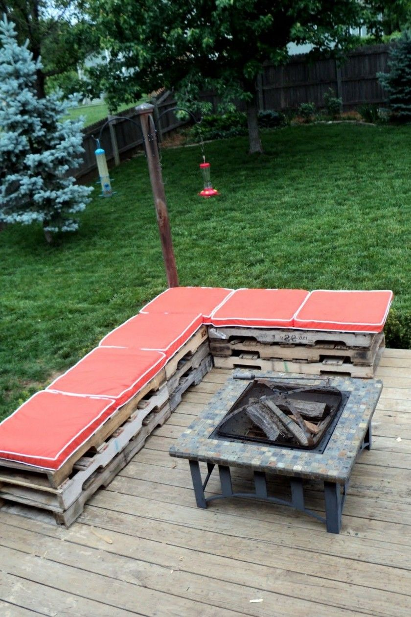 40+ Comfortable Open Benches With L Shaped Ideas Design in ... on L Shaped Backyard Layout id=30050