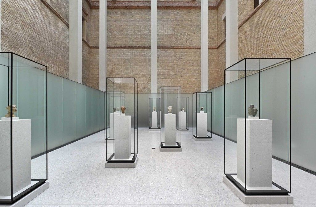 Blog Entry The Neues Museum A Masterful Ruin Architect Magazine Museum Interior Museum Displays Museum