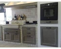 Risultati immagini per cucina in muratura piastrelle cucine