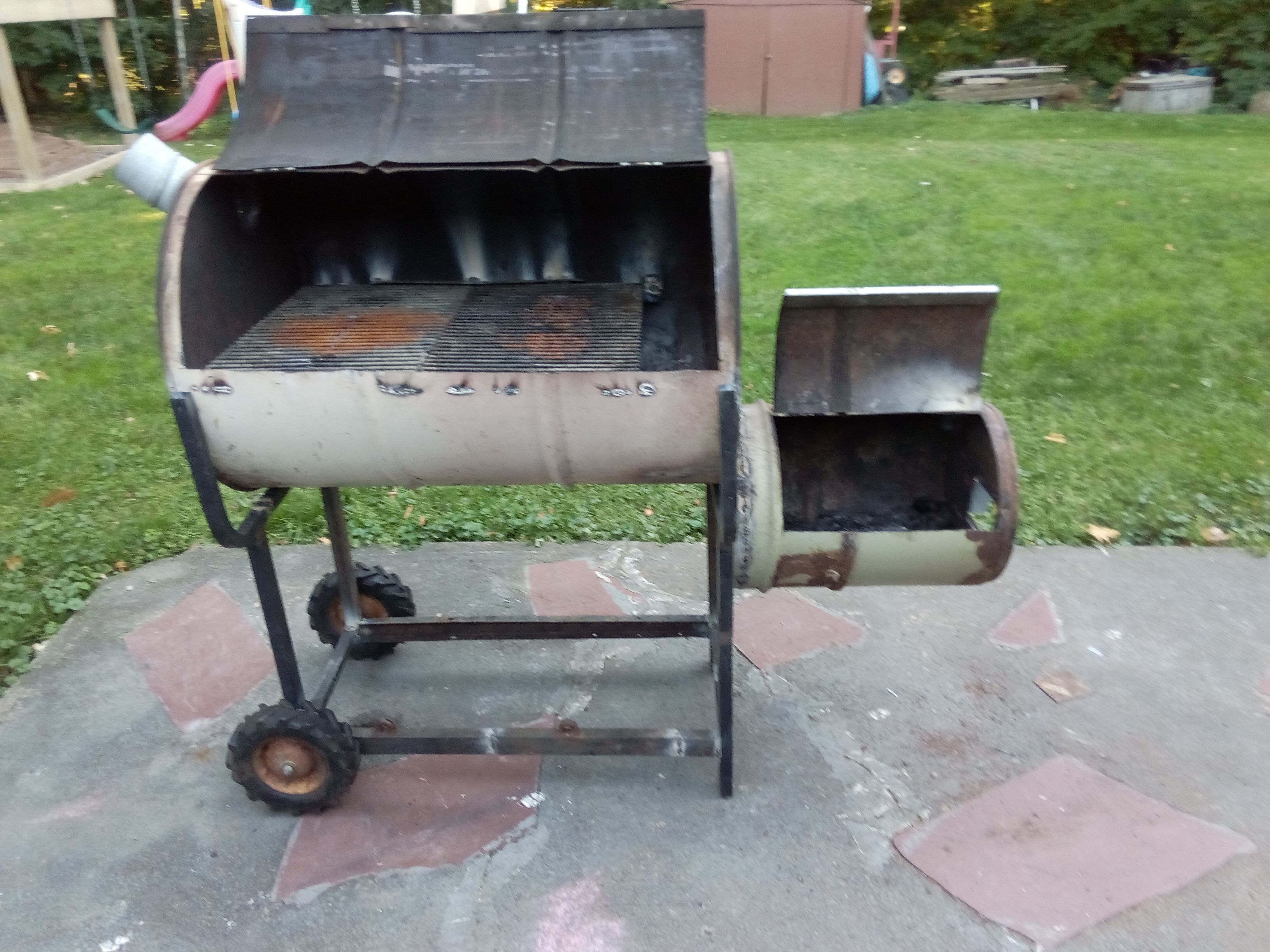 WIP fset smoker grill from 55 gallon drum drum from old central