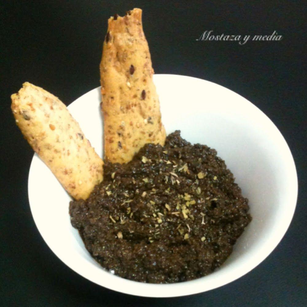 Mostaza Y Media Paté De Aceitunas Negras Y Sandwich Vegetal Pate De Aceitunas Aceitunas Negras Recetas De Comida