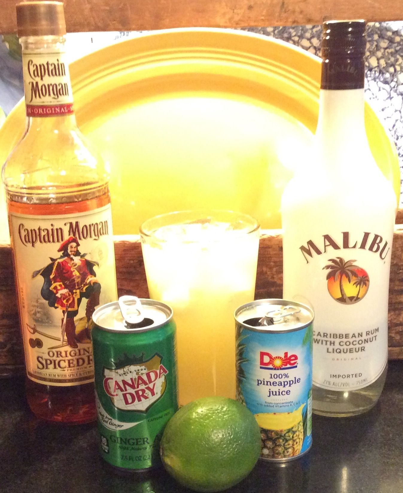 Malibu Sun Splash Drinks In 2019 Malibu Coconut Coconut Rum