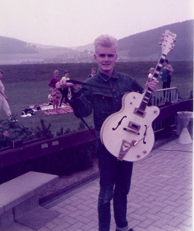 Billy Duffy from 'The Cult' shows off his prized Gretsch White Falcon in 1984