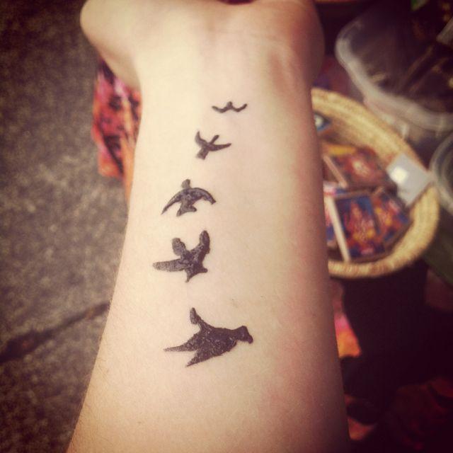 Bird Henna Tattoo: Birds In Flight Henna Design