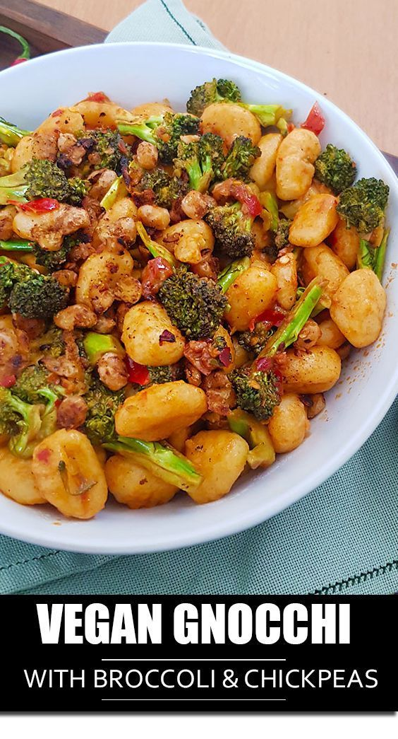 PAN FRIED GNOCCHI WITH BROCCOLI AND CHICKPEA CRUMBLE – GET SET VEGAN