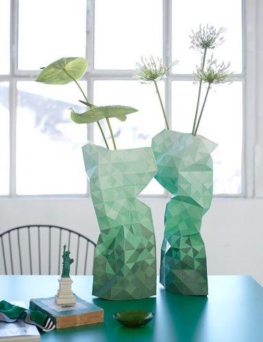 gr n als trendfarbe pinterest smaragdgr n spielen und gr n. Black Bedroom Furniture Sets. Home Design Ideas