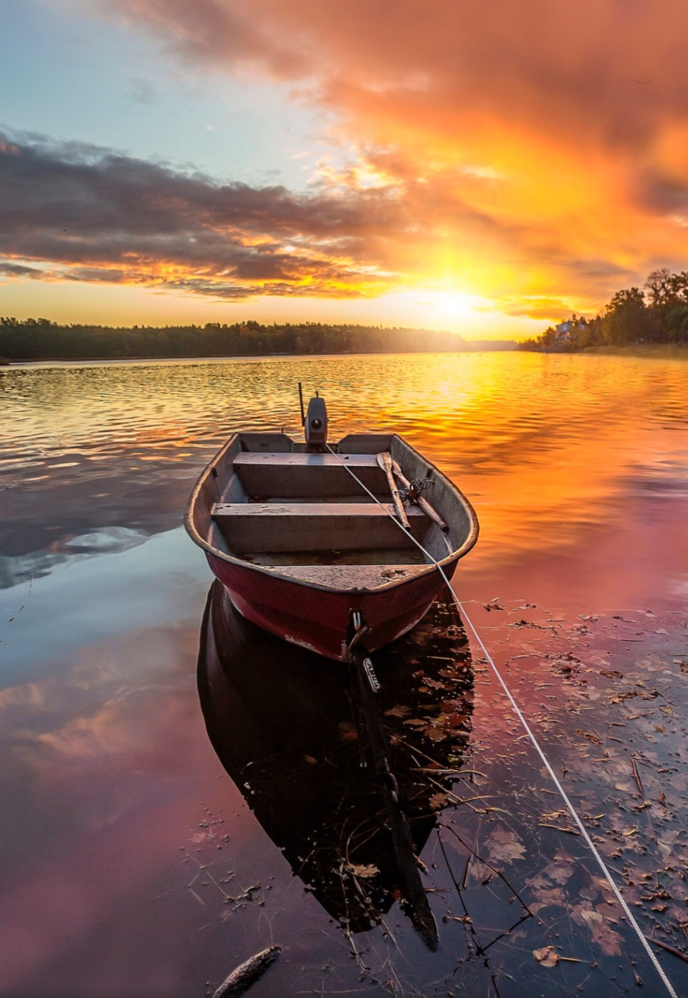 Sunset, Boat. Photo by brandt. Source