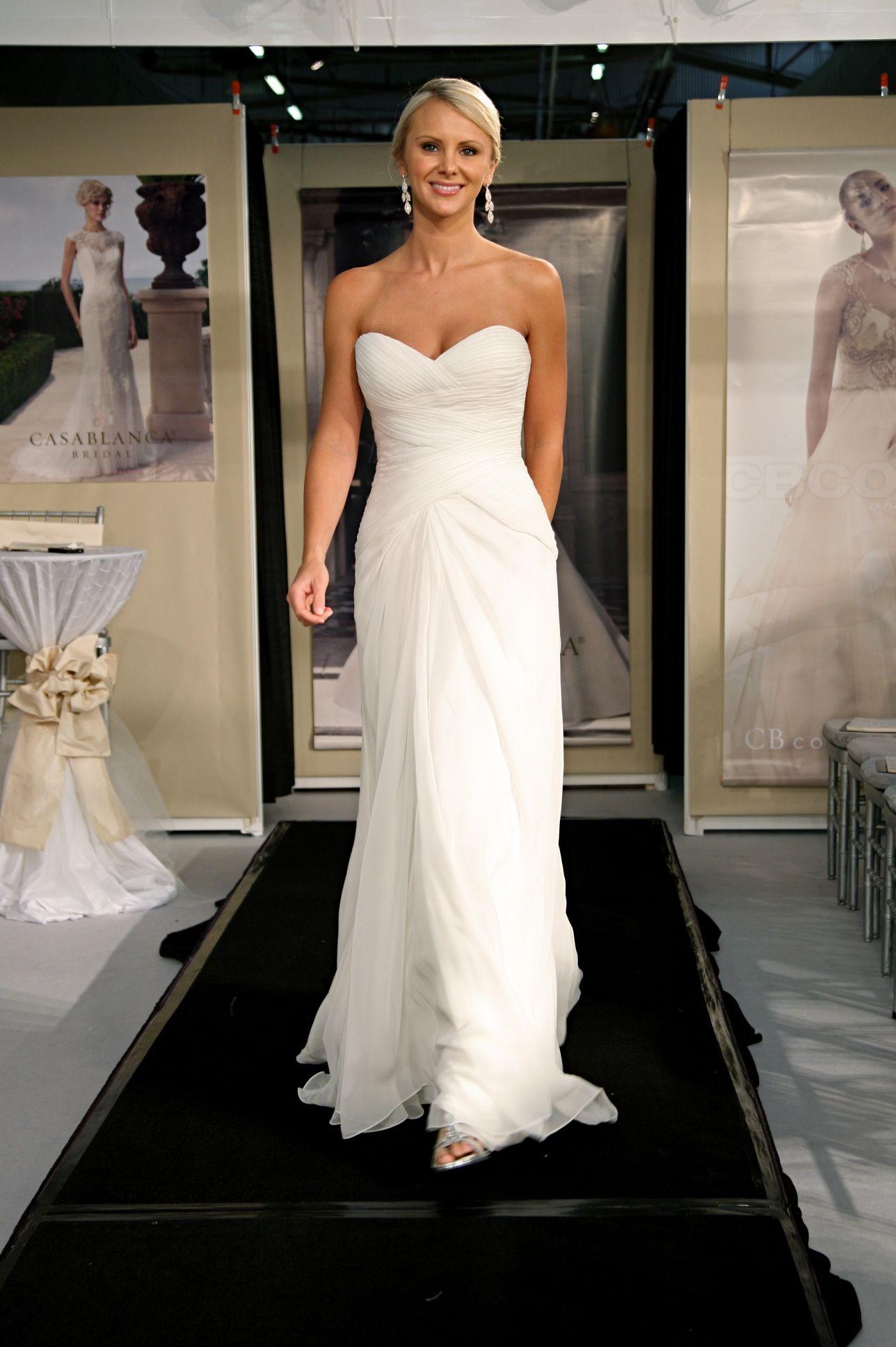 Top 12 Beach Wedding Dresses, Fall 2014 Beach wedding