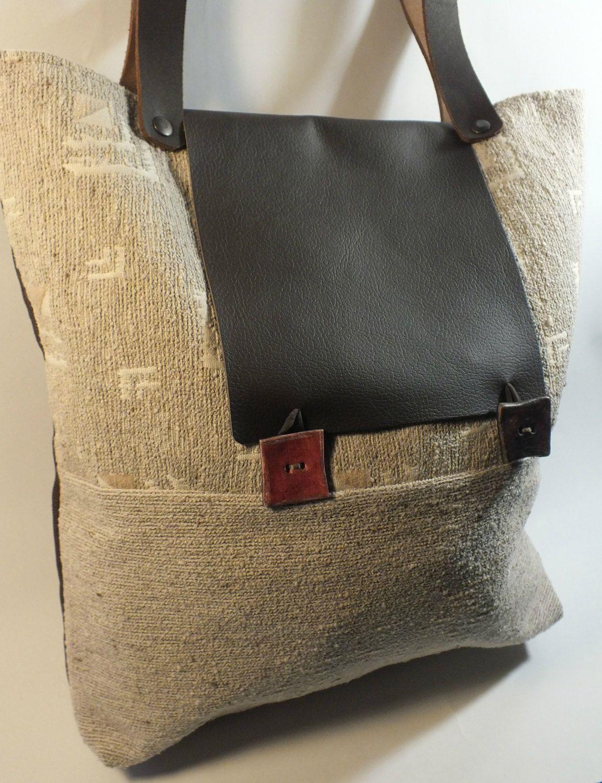 nuovo stile bd506 6451c BERENICE: borsetta da spalla di stoffa, fatta a mano ...