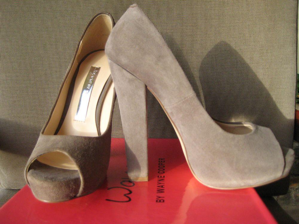 Wayne Cooper Shoes Beige Size 36 Suede Peep Toe High Heel