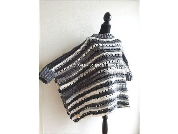 Xyra PATR1001-crochet poncho recto de patrón ancho con mangas ...