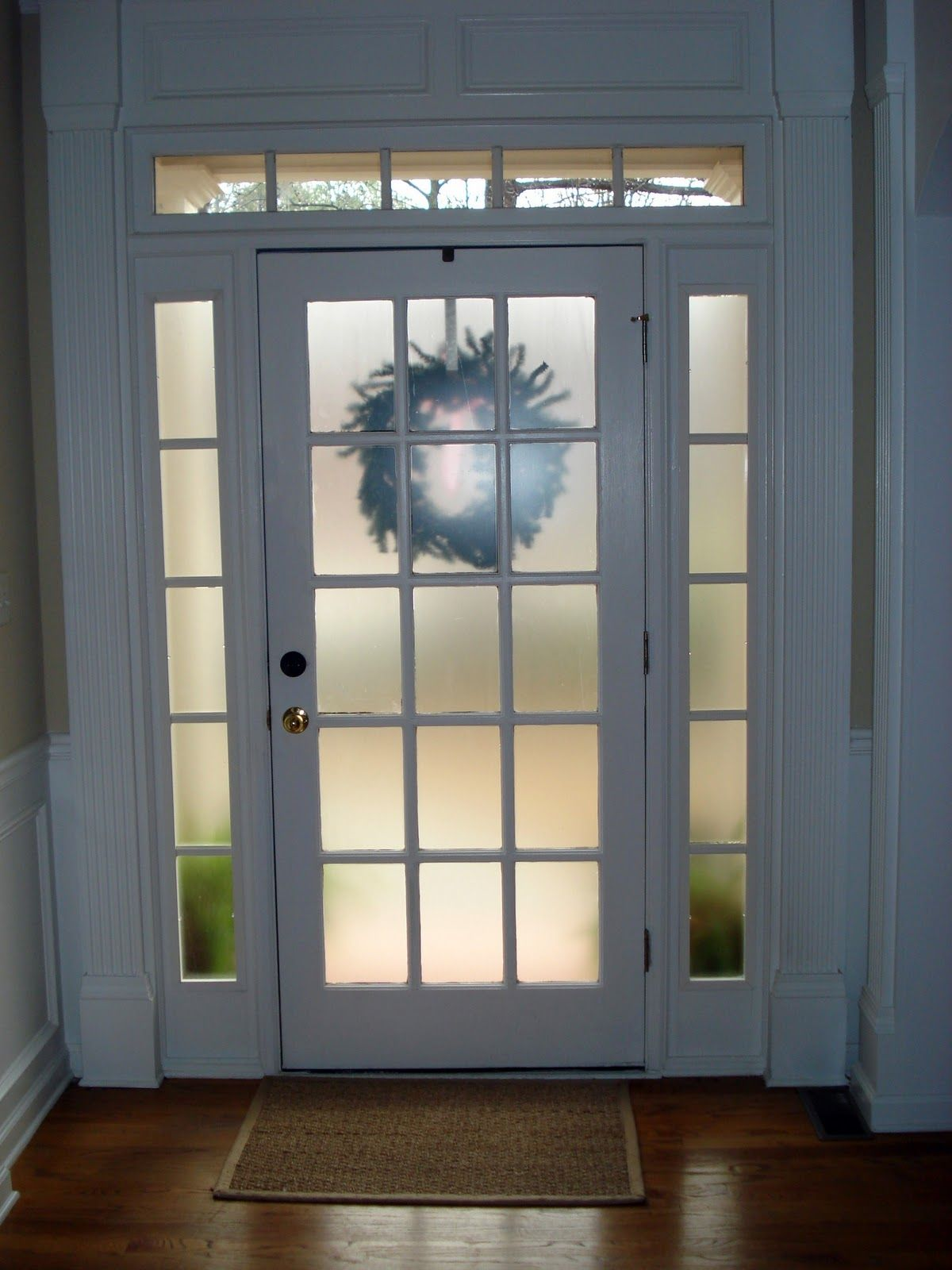 Frosted glass spray e g krylon or rustoleum for front for Front entry doors with glass