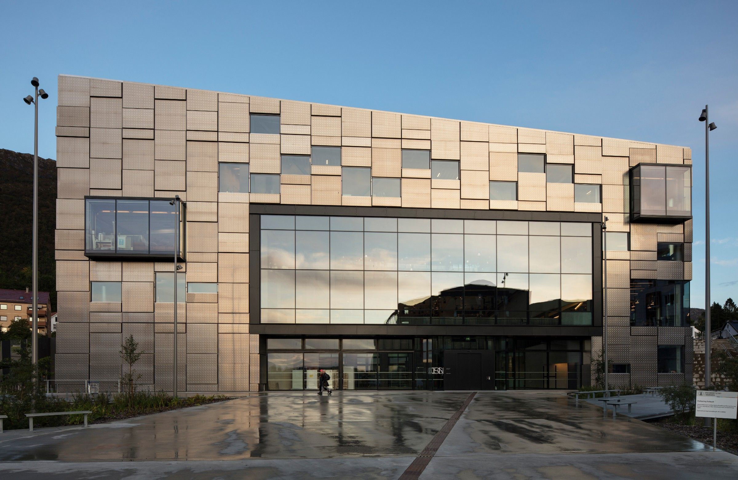 Faculty of Fine Art Music and Design