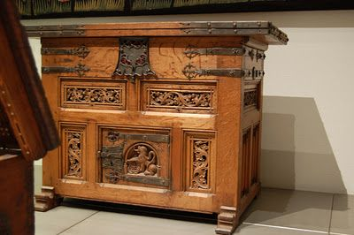 These Medieval Chests Are Just Astoundingly Beautiful Renaissance Furniture Medieval Furniture Baroque Furniture