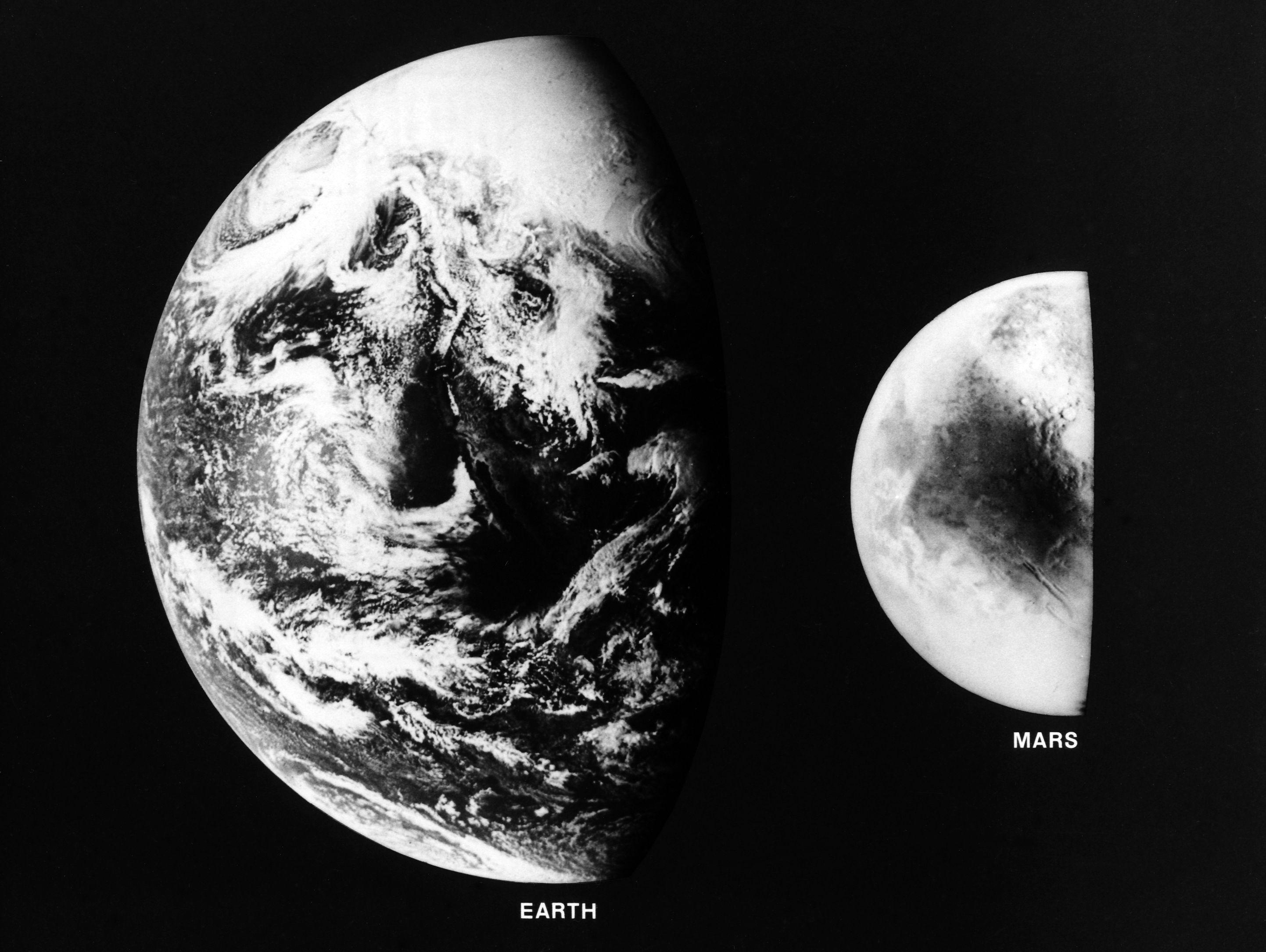 Mars And Earth Mars And Earth Earth Mars Planet