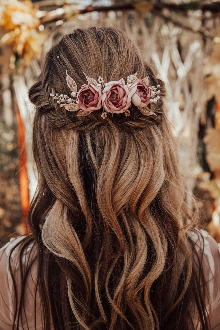 Boho bridal hair comb with handcrafted dusty pink flower and leaves Bridal boho hair piece with dust