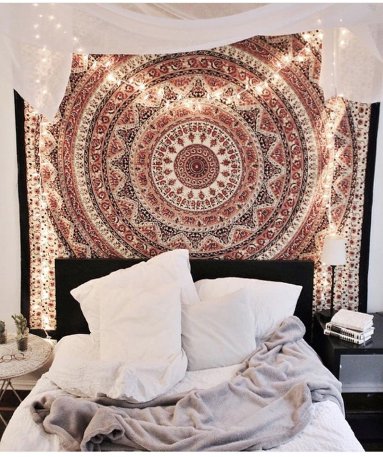 Urban outfitters bedroom tapestry - Find This Pin And More On H O M E Tapestries And Fairy Lights