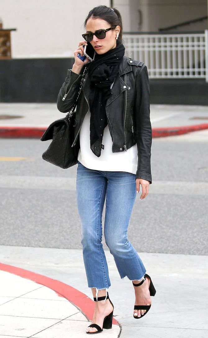 fa693471d490 Celebrity Style Inspiration  Best Celebrity Inspired Street Style Outfits
