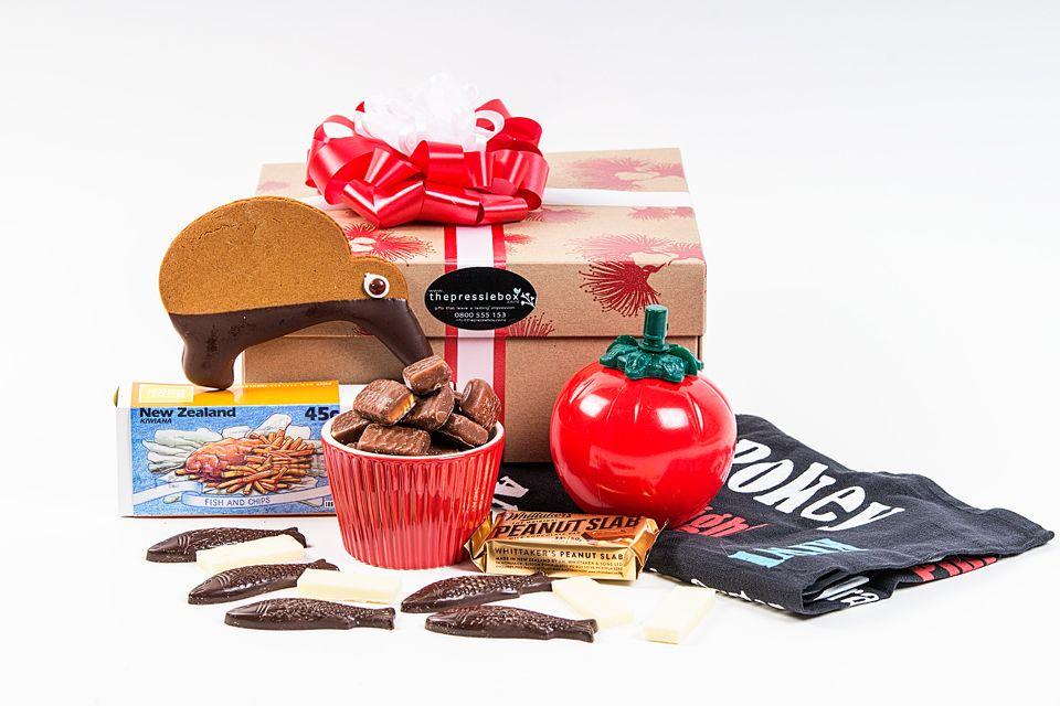 Nz Christmas Gift Ideas For Posting Overseas Gifts Kiwiana Christmas Gift Box