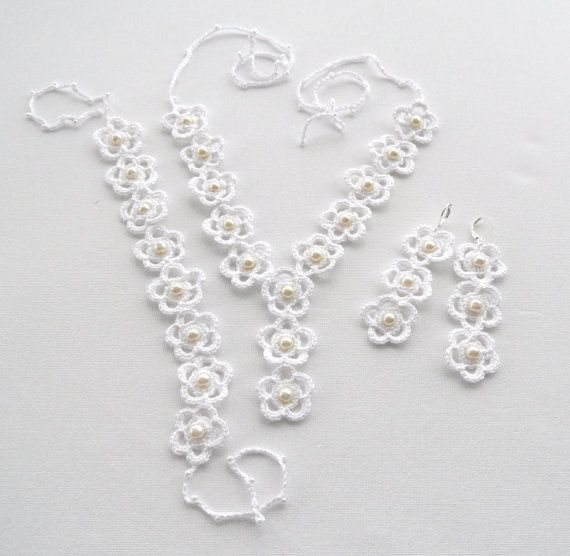 Crochet Necklace and Earrings Set - White Daisies | Halskette und ...