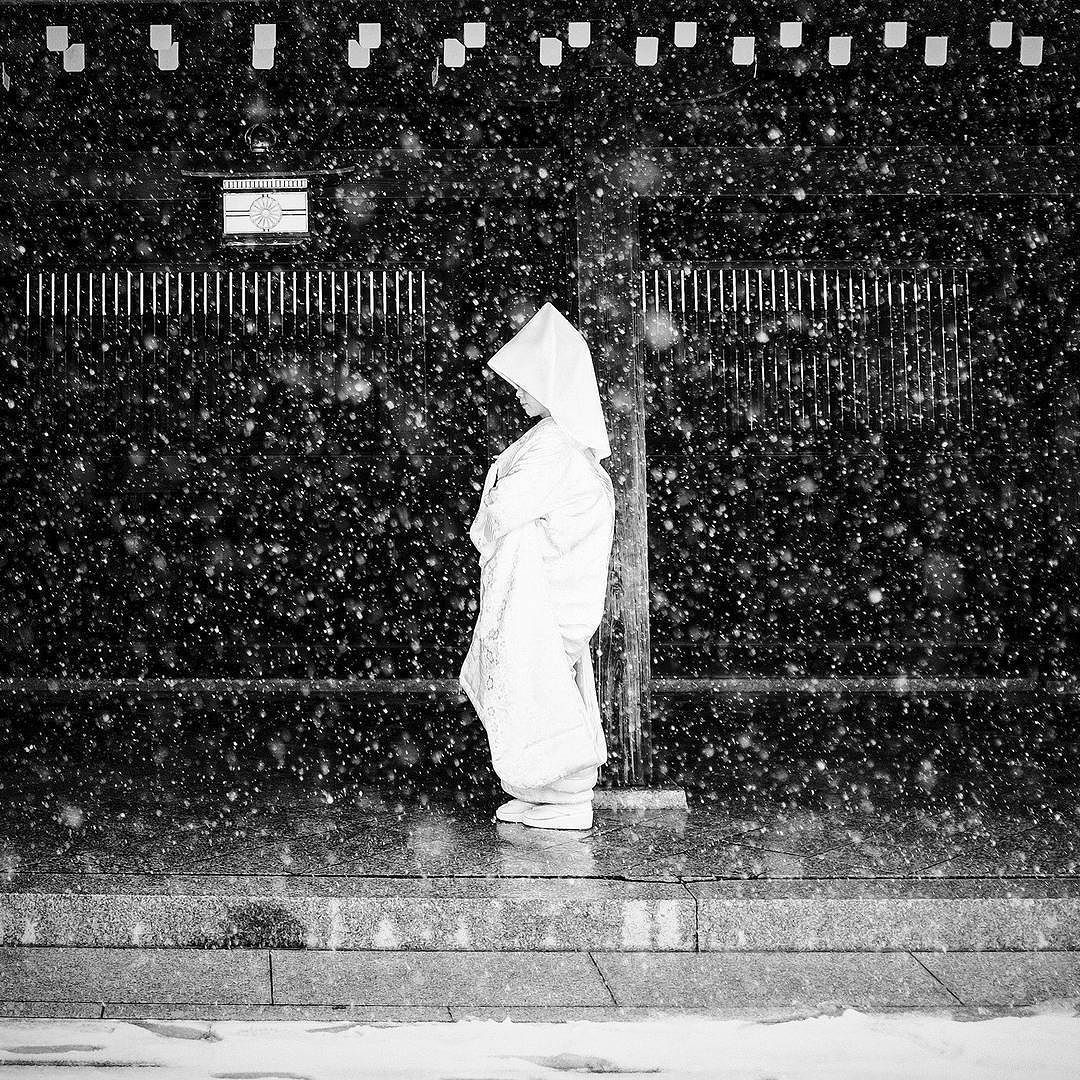 The 2016 National Geographic Travel Photographer of the Year Contest: Bride due to be married on the only day of snow in Shinjuku Tokyo Japan. The contest ends on May 27th and the grand prize is a seven-day Polar Bear Photo Safari for two at Churchill WildSeal River Heritage Lodge a National Geographic Unique Lodge of the World. To find out more about the competition search http://ift.tt/1PKYd82. Credit: Stephane Mangin/National Geographic Travel Photographer of the Year Contest 2016…
