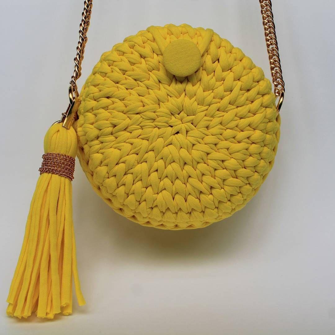 28723c810273 сумка вязаная из трикотажной пряжи крючком схема | Сумки | Crochet и ...