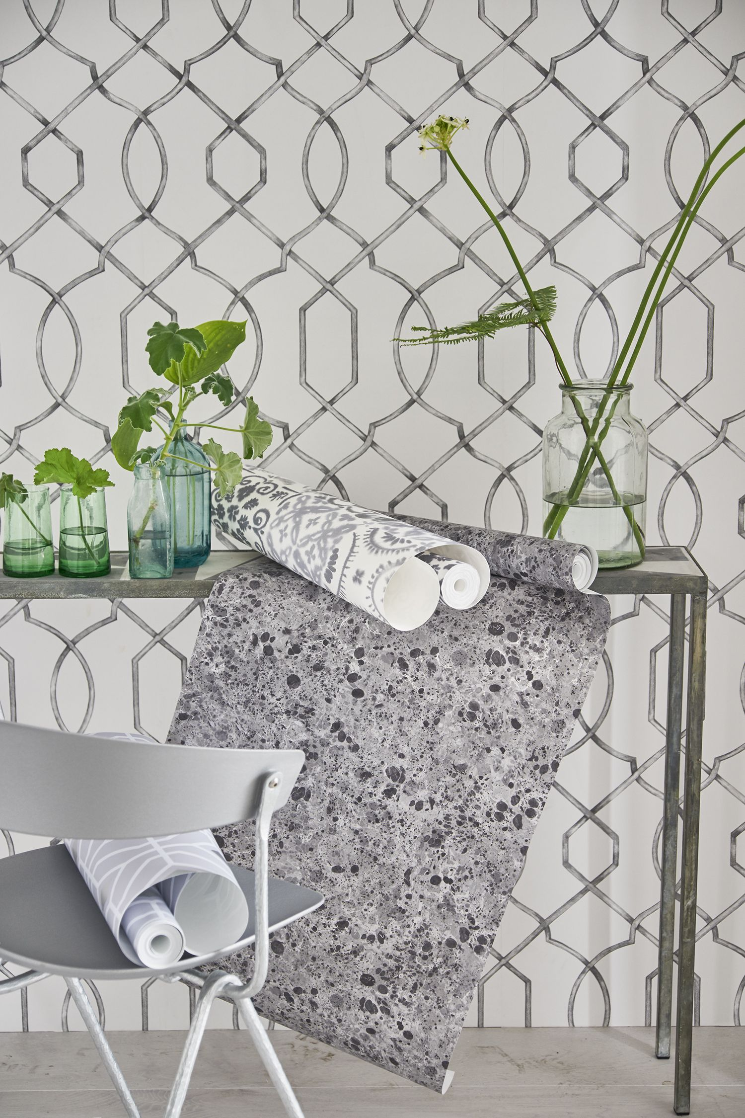 wall paper designers. Designers Guild Rabeschi Black and White wallpaper  Walls