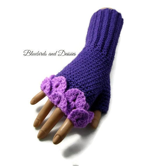 Ladies Purple and Lilac Fingerless Gloves by Bluebirdsanddaisies