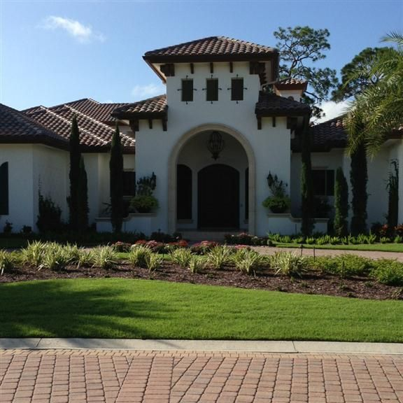 Spanish Style Homes With Courtyards: Traditional Spanish Colonial On Tuscany Ct In Bonita