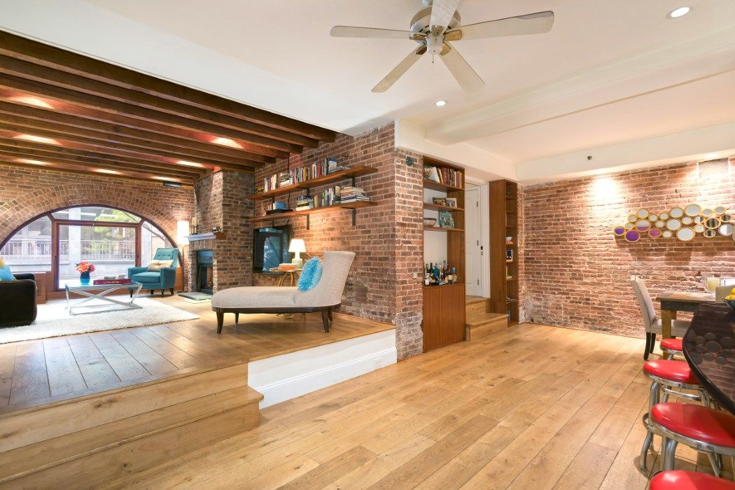 2 8m Condo At Former Greenwich Village Horse Stable Boasts Great Windows And Exposed Brick 6sqft Loft Living Apartments For Sale Apartment