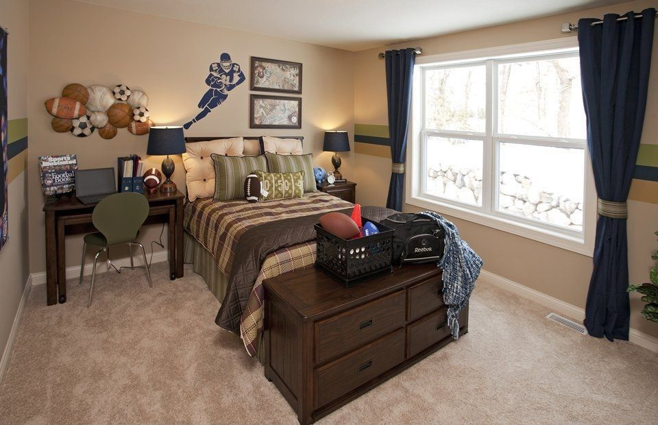 Traditional Kids Bedroom with Carpet, High ceiling, Metal Sports ...