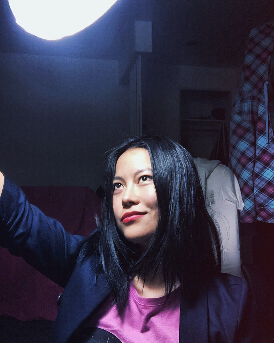 I will hold the desk lamp to to take selfies for finding the right balance of light and shadow.