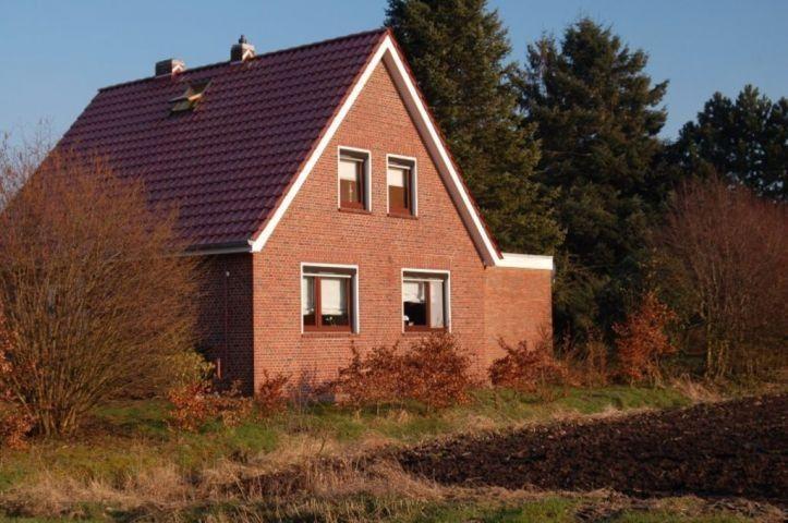 Ferienhaus Rhaude In Rhauderfehn in 2019 Ferienhaus