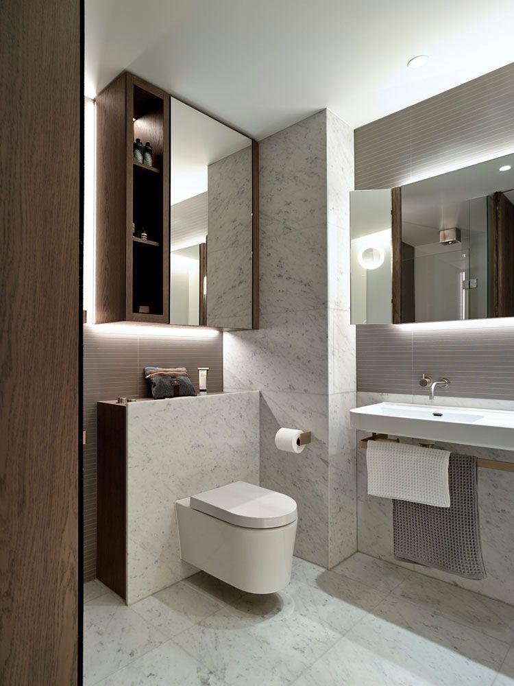 Klappspiegel Furs Bad Mit Indirekter Beleuchtung Oben Und Unten Badezimmer Inspiration Home Interior Und Badezimmer