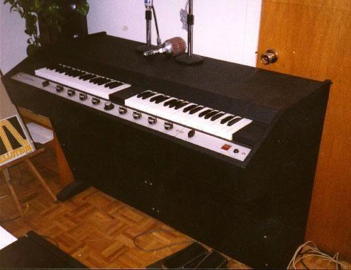 Mellotron Mark V (basically two Model 400s in a single unit