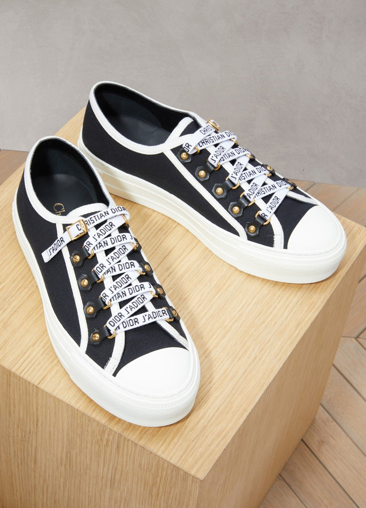 3593b9a3883f Walk n Dior low-top sneakers в 2019 г.   Shoes   Sneakers, Dior и Shoes