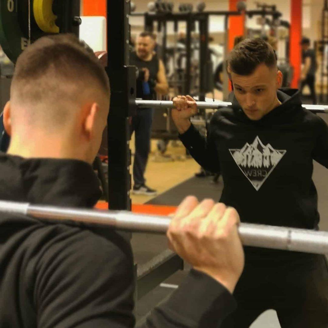 Har du gjort dina squats idag??? Länk i profilen Worldwide Shipping? .... - Clothes -