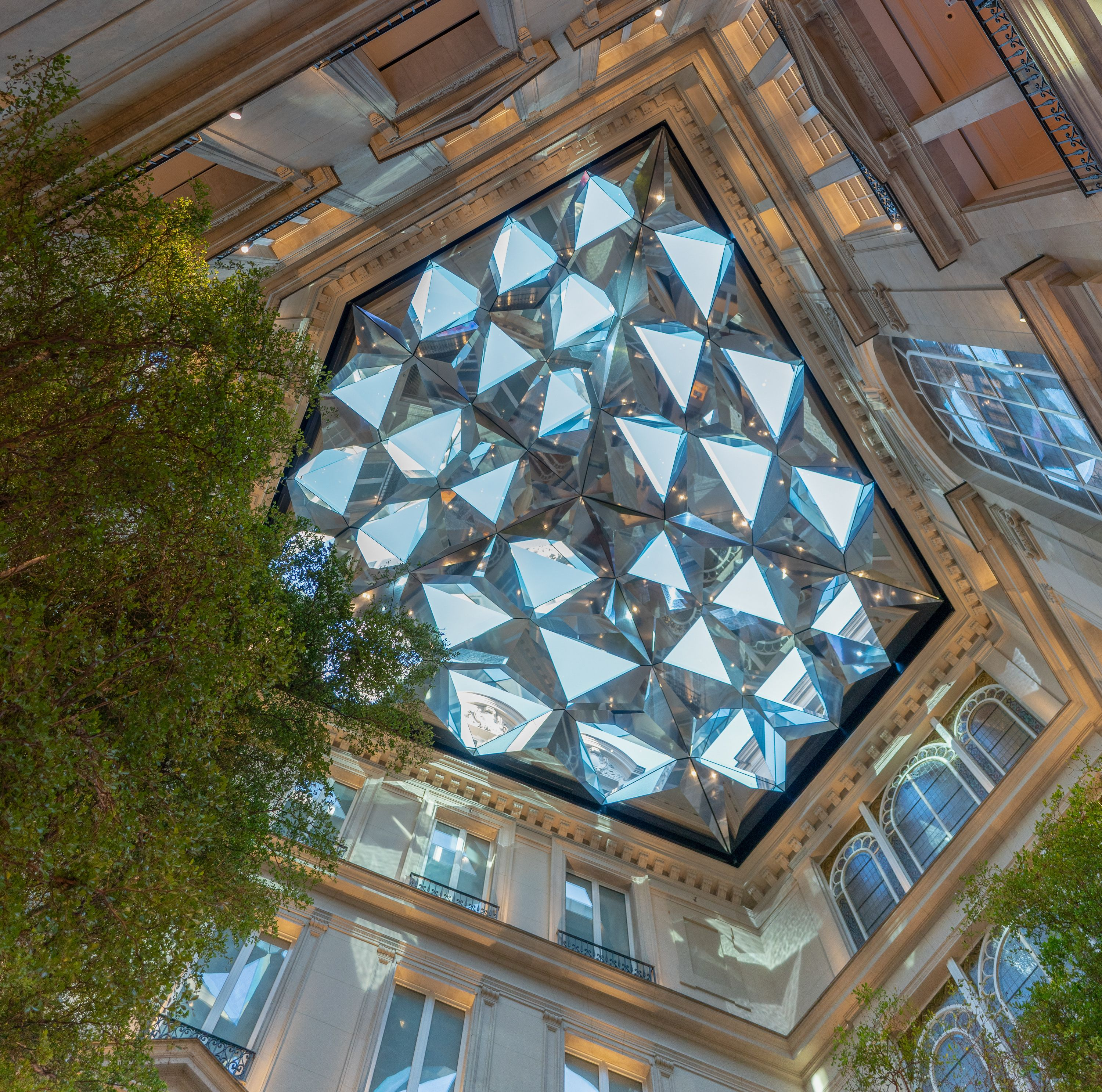 Gallery Apple Champs Elysees Makes A Grand Debut In Paris