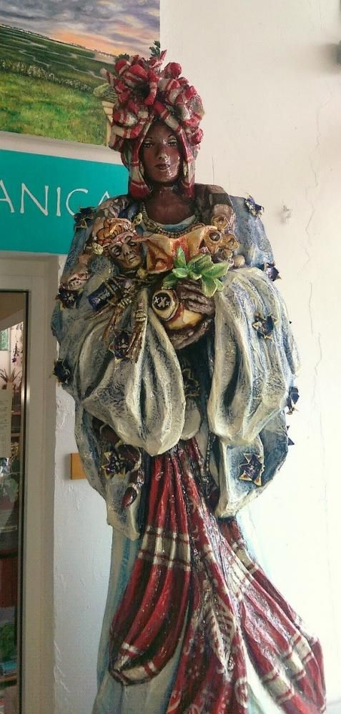 The International Shrine of Marie Laveau at the New Orleans Healing Center | dana.io