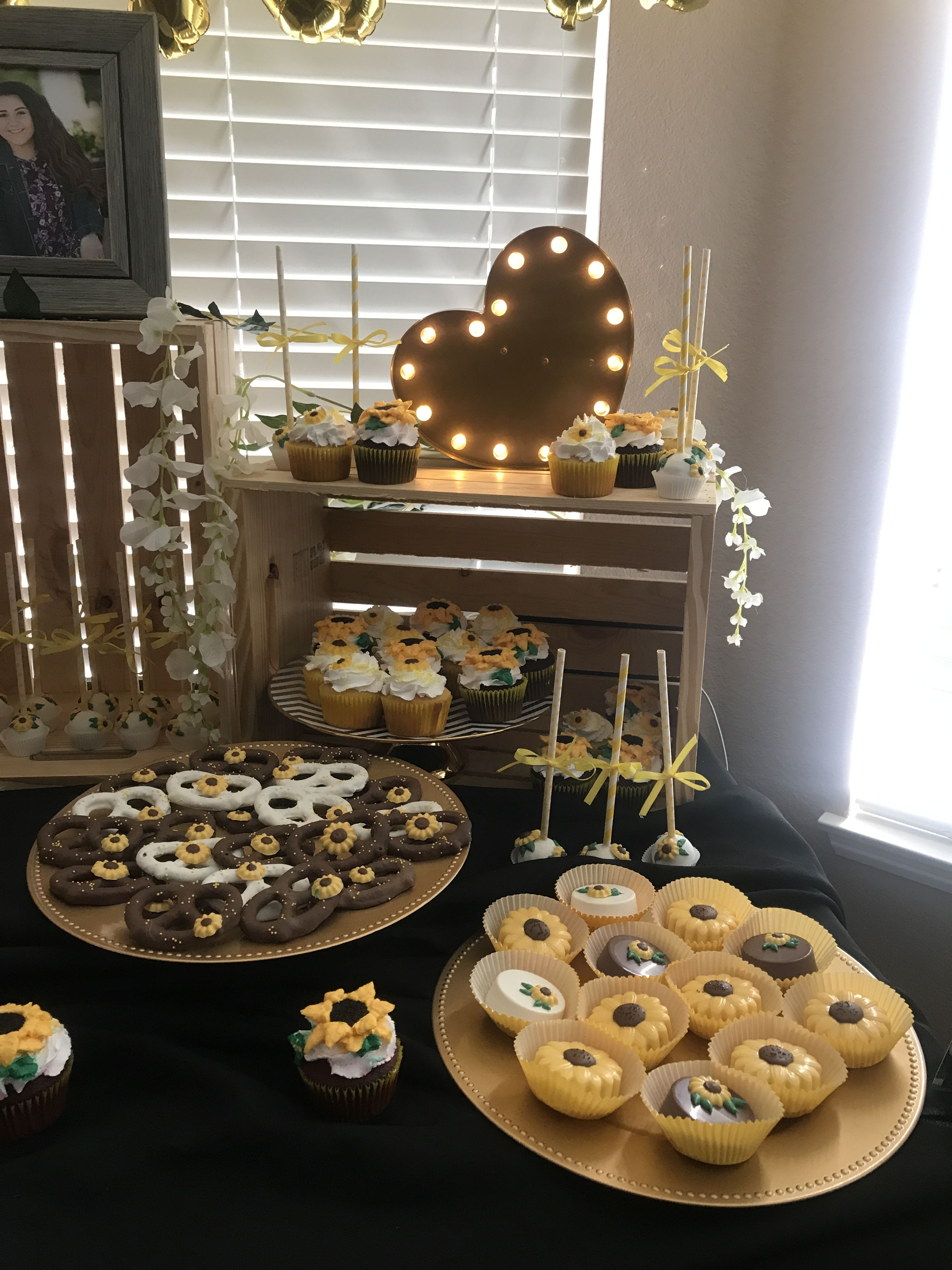 Sunflower Cake Table Sunflower cakes, Cake table, Table