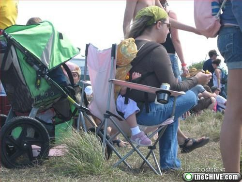 Parents of the Year ... OMG! (picture series)