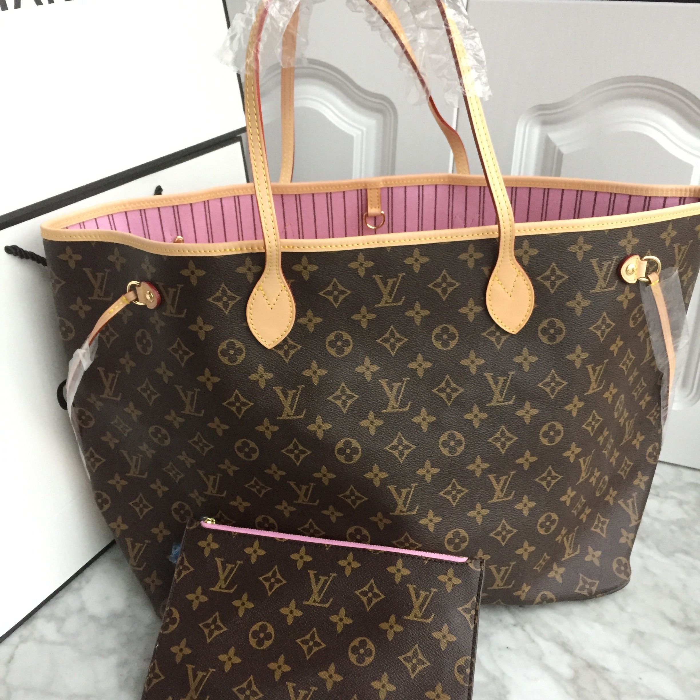 10a67c566e13 Louis Vuitton lv neverfull shopping tote bag monogram with pink interior