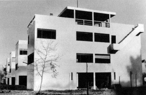 le corbusier workers housing pessac program formal agenda adequate housing working class. Black Bedroom Furniture Sets. Home Design Ideas