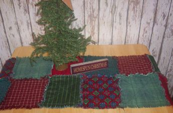 Free Sewing Project: Christmas Quilted Table Runner. The Link To The Instructions Is A Website With Many Clothes Tutorials and Sewing Instructions.
