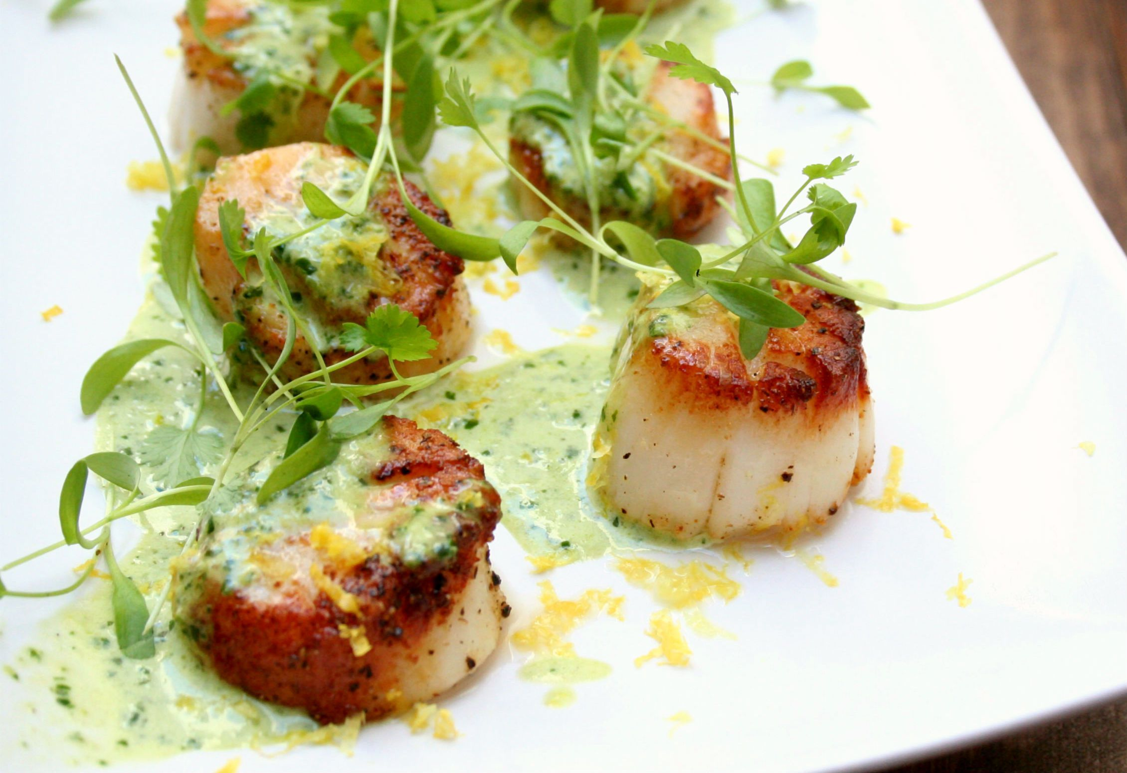 Scallops with Creamy Pesto